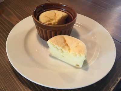 チーズスフレ、2